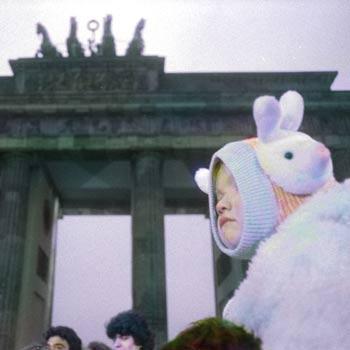 BERLIN, BRANDENBURGER TOR, 1989 FOTOGRAFIE DI MASSIMO GOLFIERI